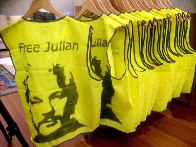 campaign_material:oz-yello-vest-stencil.jpeg