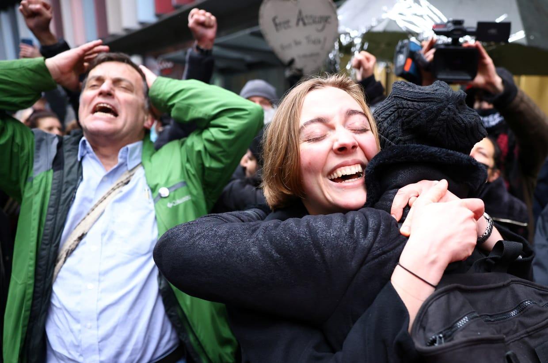 protest_photos:albertoanguish.jpg