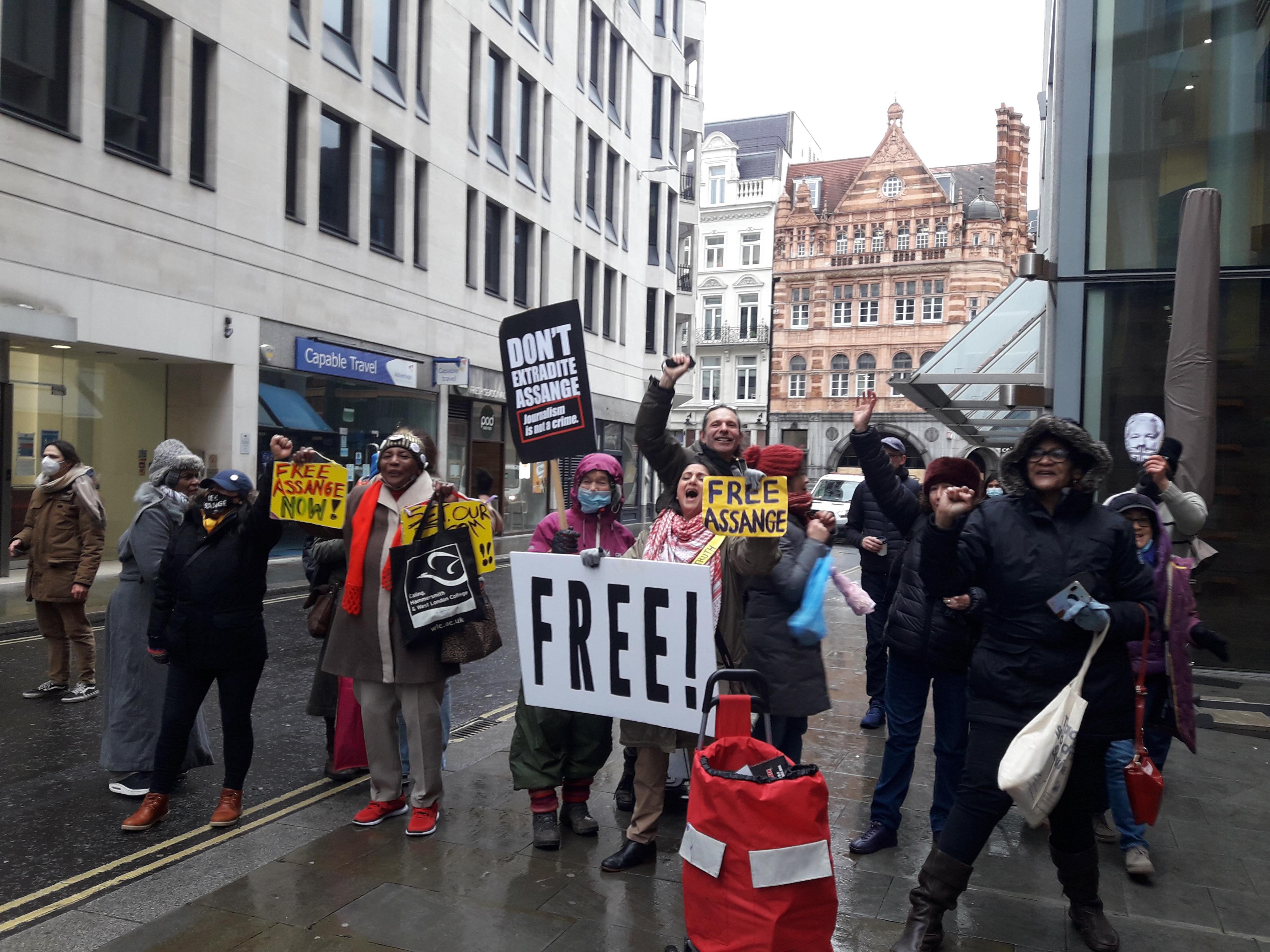 protest_photos:happyfree.jpg
