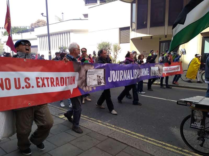 protest_photos:march.jpg