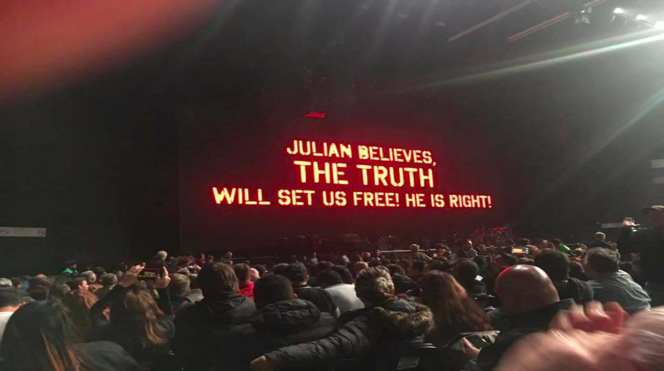 r-waters-juiian-believes.png