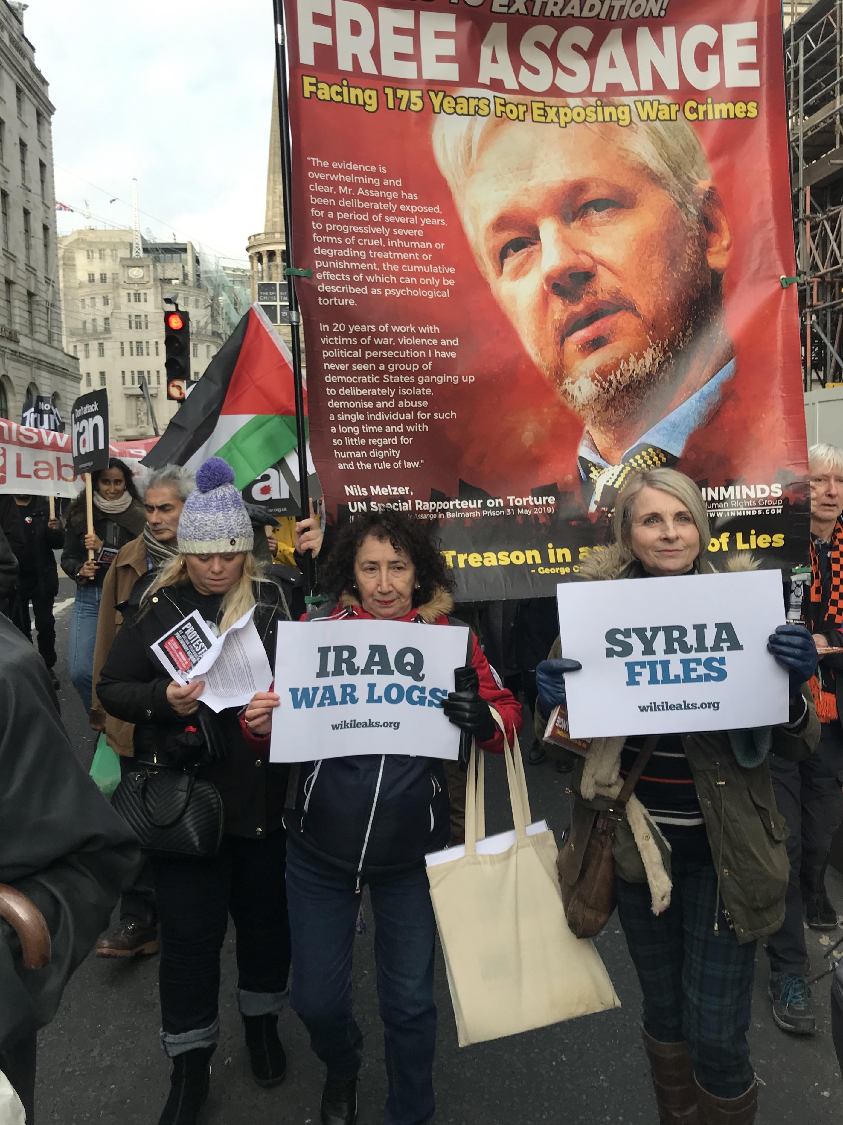 stop-war-iraq-warlogs.jpg